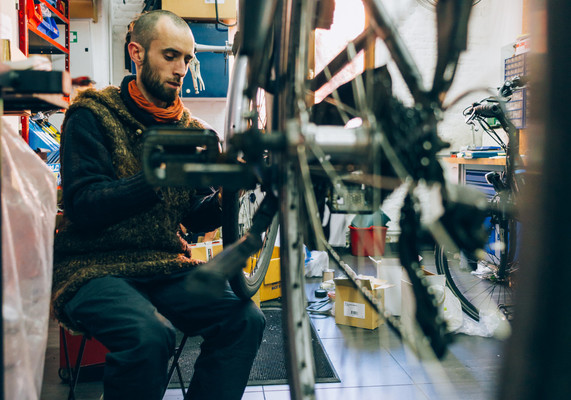 pro_velo_bike_bicycle_workshop_reparation_maintenance